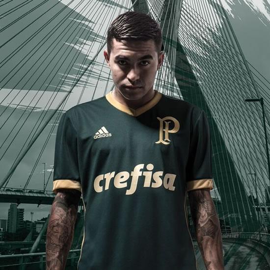 Revista inglesa elege nova camisa do Verdão a segunda mais bonita do ... bcb120d97d21a